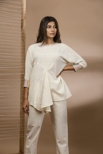 Kala cotton top with front pleats