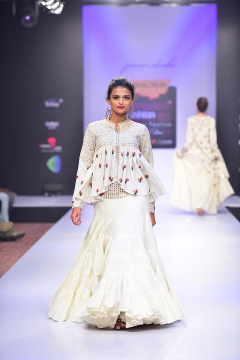 Offwhite Khadi Kediya With Tiered Skirt