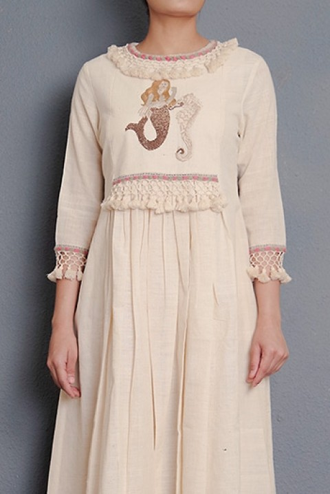 Off-white handwoven hand embroidered gathered tunic