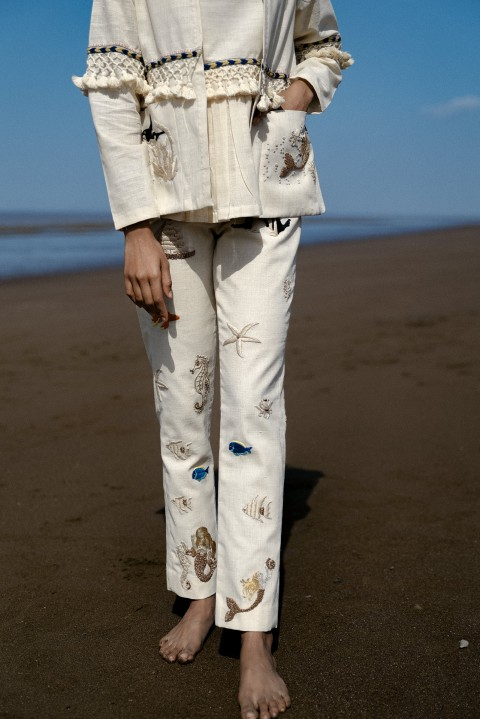 Offwhite embroidered pants