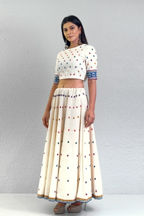 Offwhite handwoven scattered hand applique work lehngha