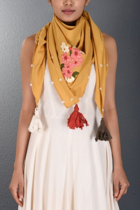 Yellow Parsi Hand Embroidered Stole